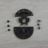 Kép 1/3 - Zár, kerek, díszes, csavarokkal - antik, 39mm, 1 szett/csomag
