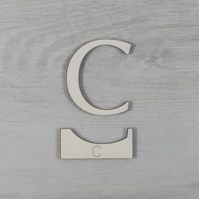 C' betű, illesztősablonnal - 3 cm, natúr
