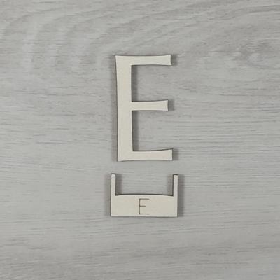 E' betű, illesztősablonnal - 3 cm, natúr