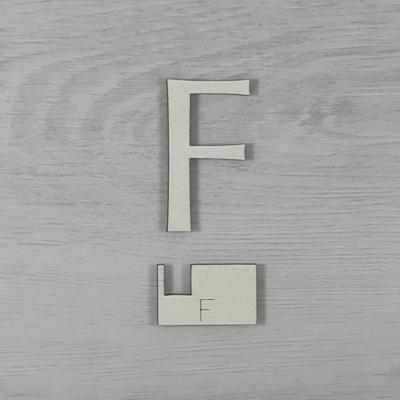 F' betű, illesztősablonnal - 3 cm, natúr
