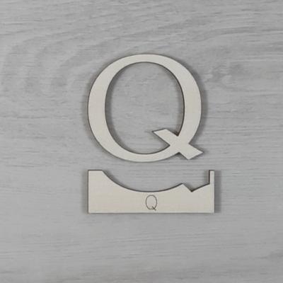 Q' betű, illesztősablonnal - 3 cm, natúr