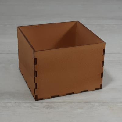 Doboz - 11,5x11,5cm, 8cm magas, festett