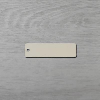 Téglalap alakú tábla, kerekített sarokkal - 6,5x2,3cm, natúr