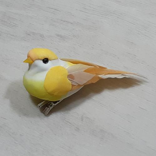 Madárka, tollas - sárga, csipeszes, 8cm